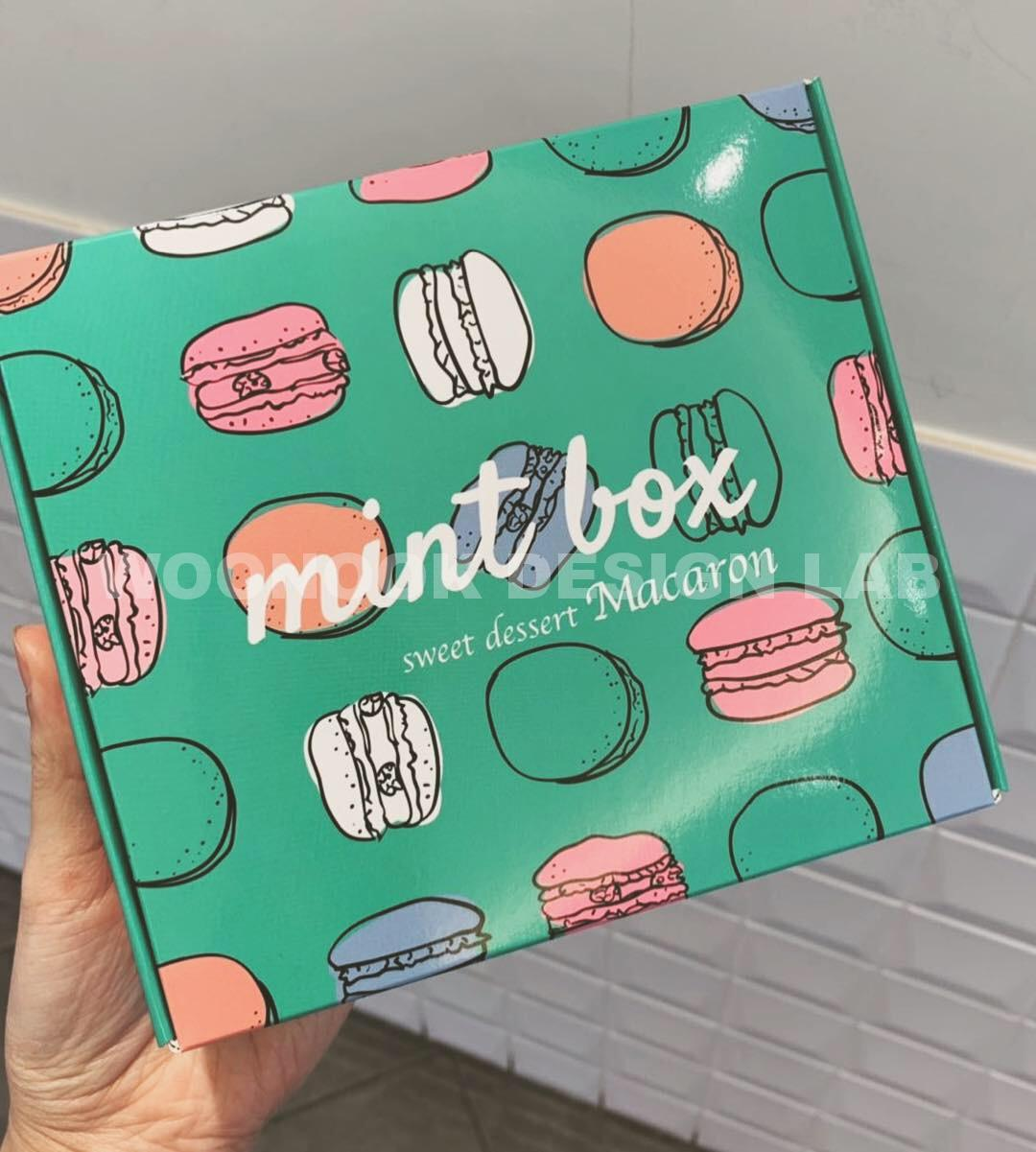 mint box macaron package